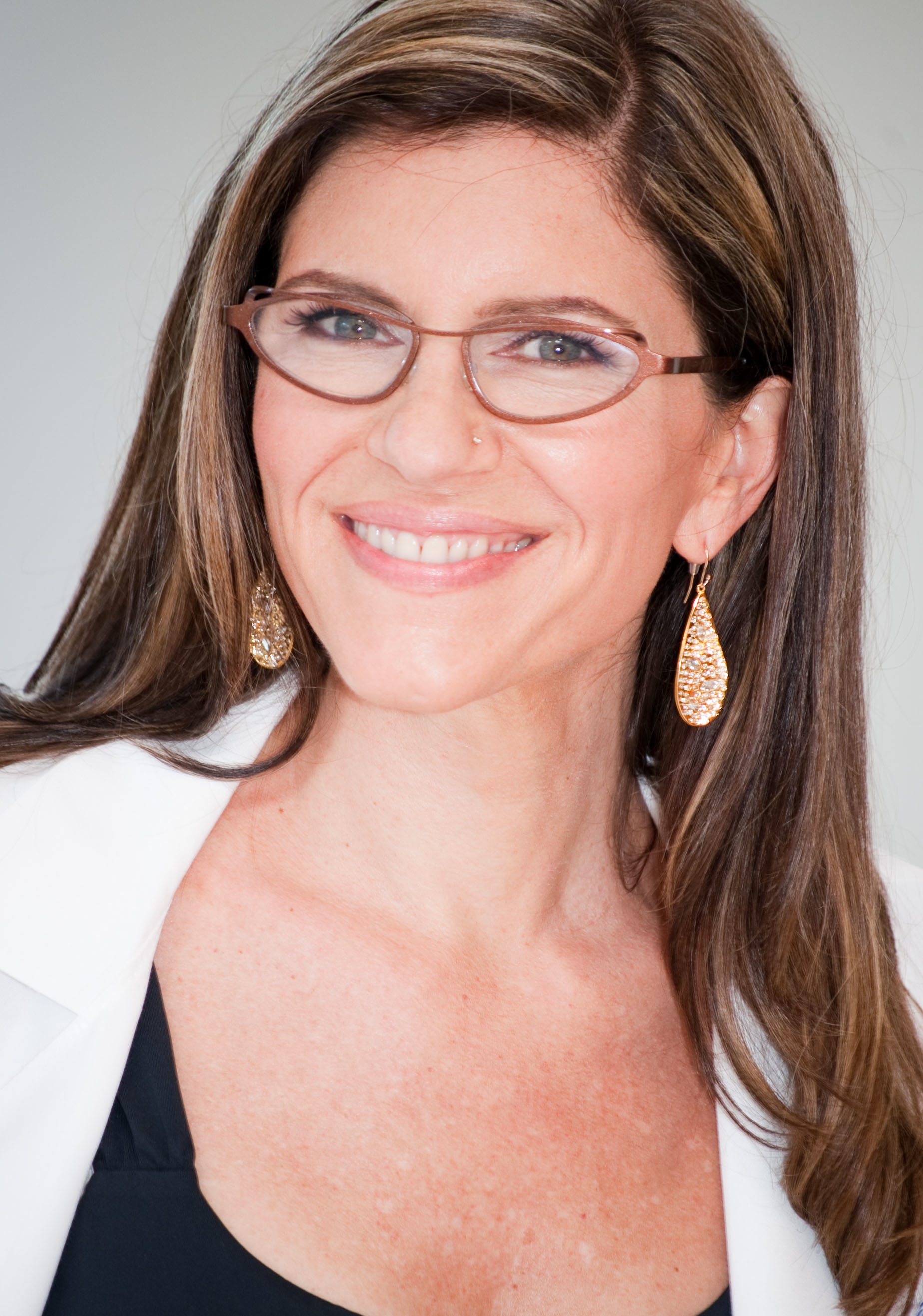 Dr. Sara