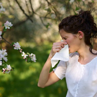 How to Avoid and Cure Seasonal Allergies